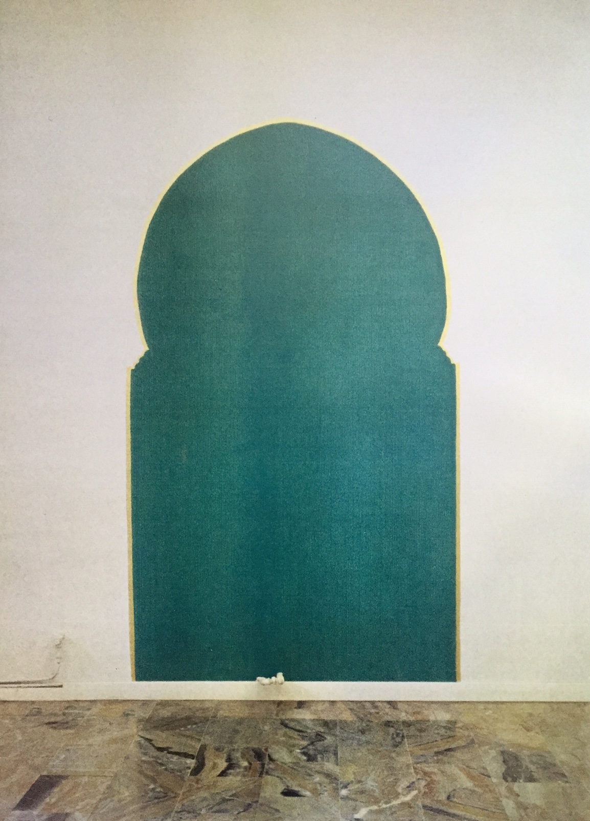 pittura acrilica su muro e foglia d'oro